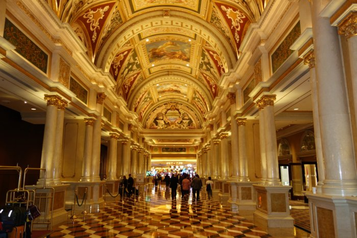 Top 5 Luxury Hotels in Las Vegas